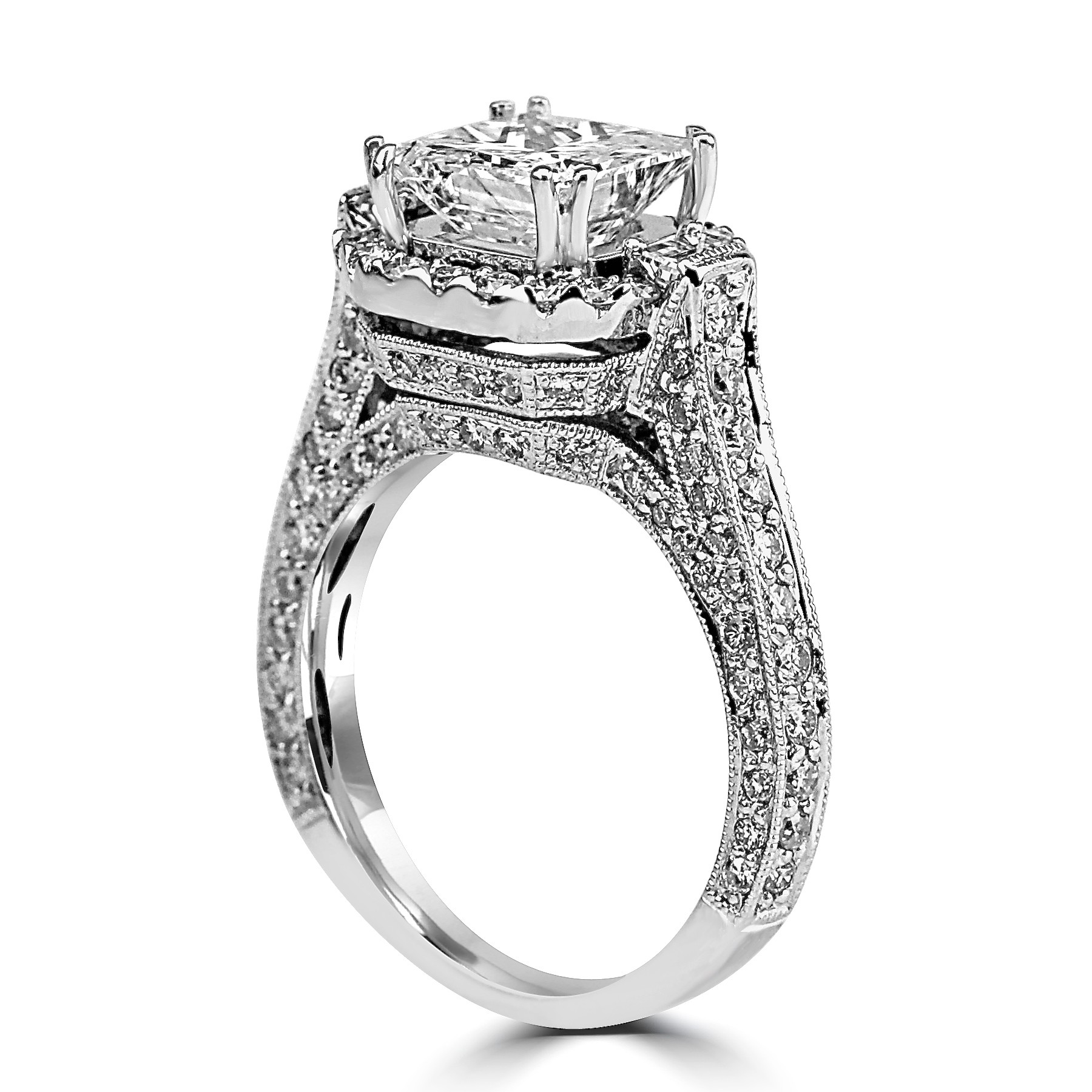 G Princesscut Halo Diamond Engagement Ring